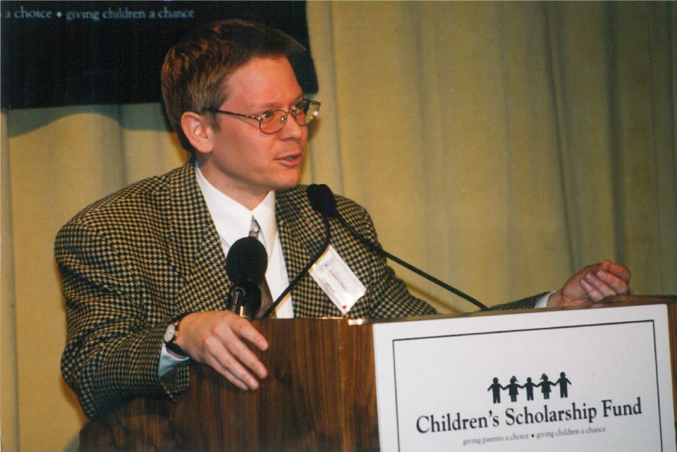 Andrew J. Coulson speaking at a CSF conference in January, 2000.
